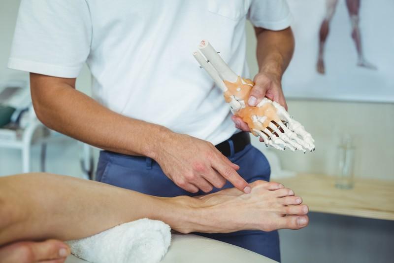 Заболевания суставов могут стать серьезной причиной для посещения ортопеда